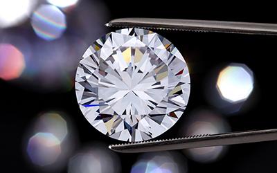 Acquisto di diamanti e gemme di colore